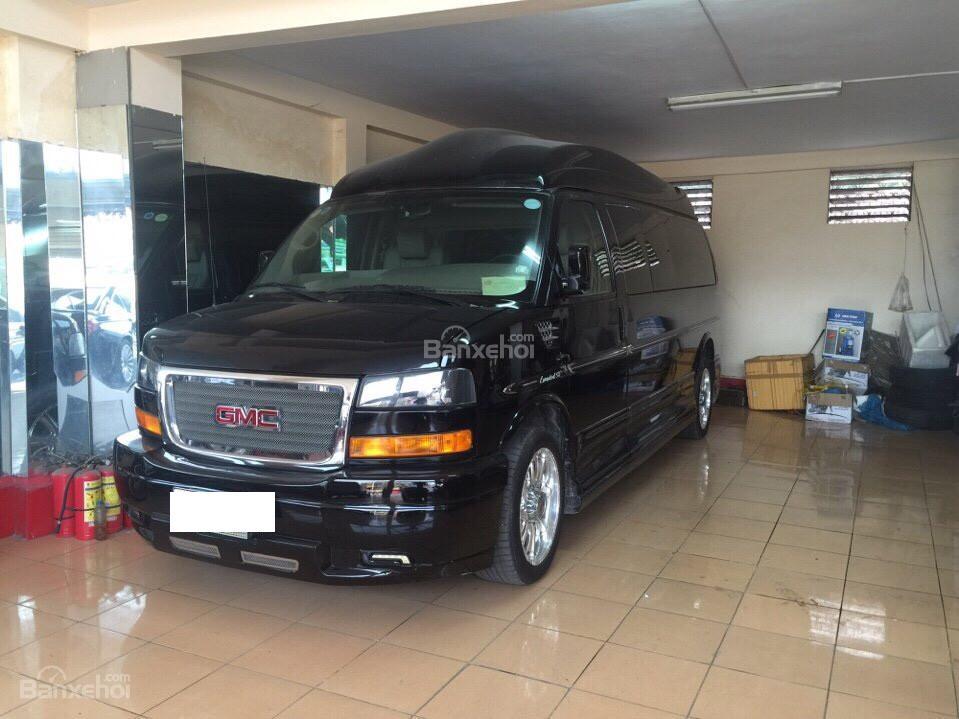 Cần bán GMC Savana đời 2013, màu đen, nhập khẩu chính hãng, số tự động