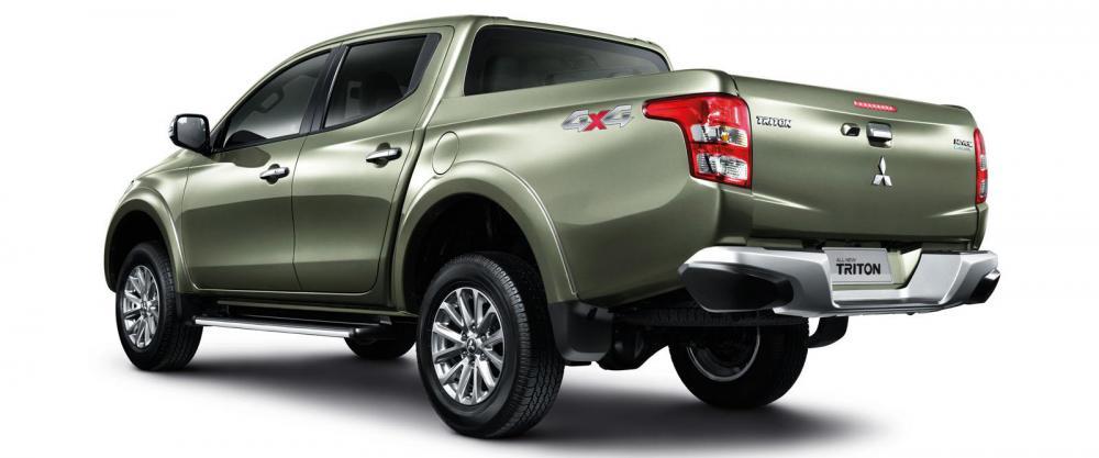 Giá xe Mitsubishi Triton 1 cầu tự động tại Vinh, Nghệ An. Hotline: 0848.566.266