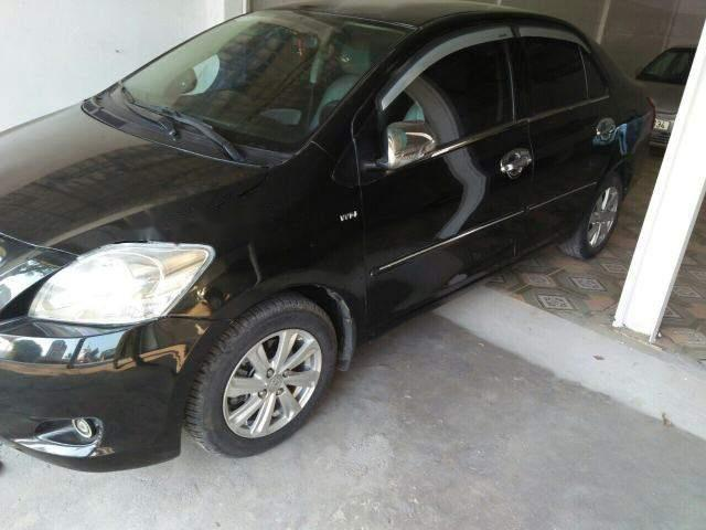 Bán xe Toyota Vios sản xuất năm 2010, màu đen, nhập khẩu nguyên chiếc