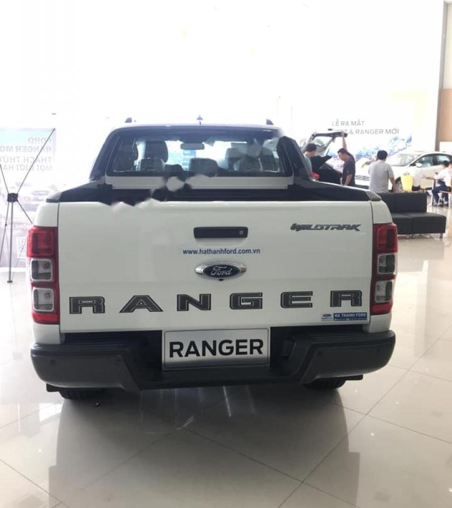 Cần bán xe Ford Ranger Wildtrak 2.0L 4x4 AT sản xuất năm 2018, đủ màu giao ngay