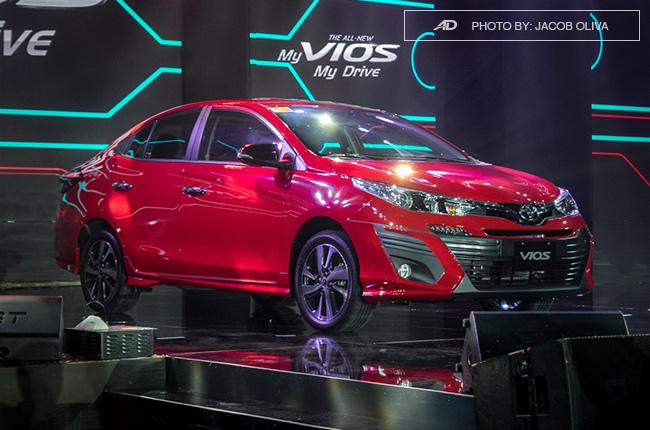 Cần bán xe Toyota Vios 1.5G CVT năm 2018, màu đỏ