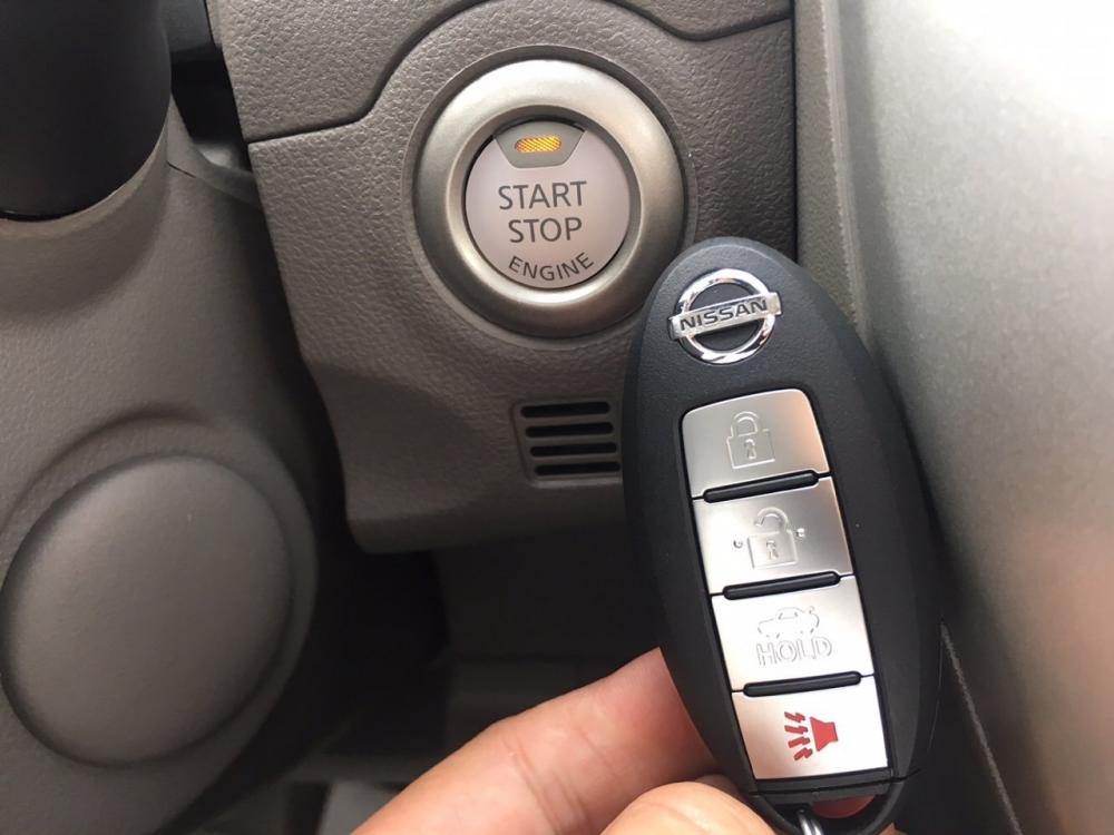 Cần bán Nissan Sunny XV-Q series năm 2018, màu trắng
