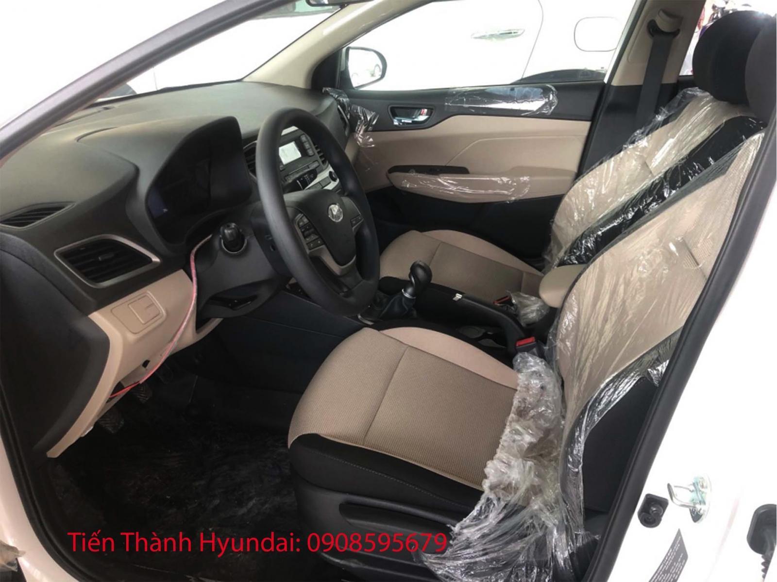 Bán Hyundai Accent, giá tốt 428tr + gói phụ kiện, trả trước từ 149tr, góp 6tr5