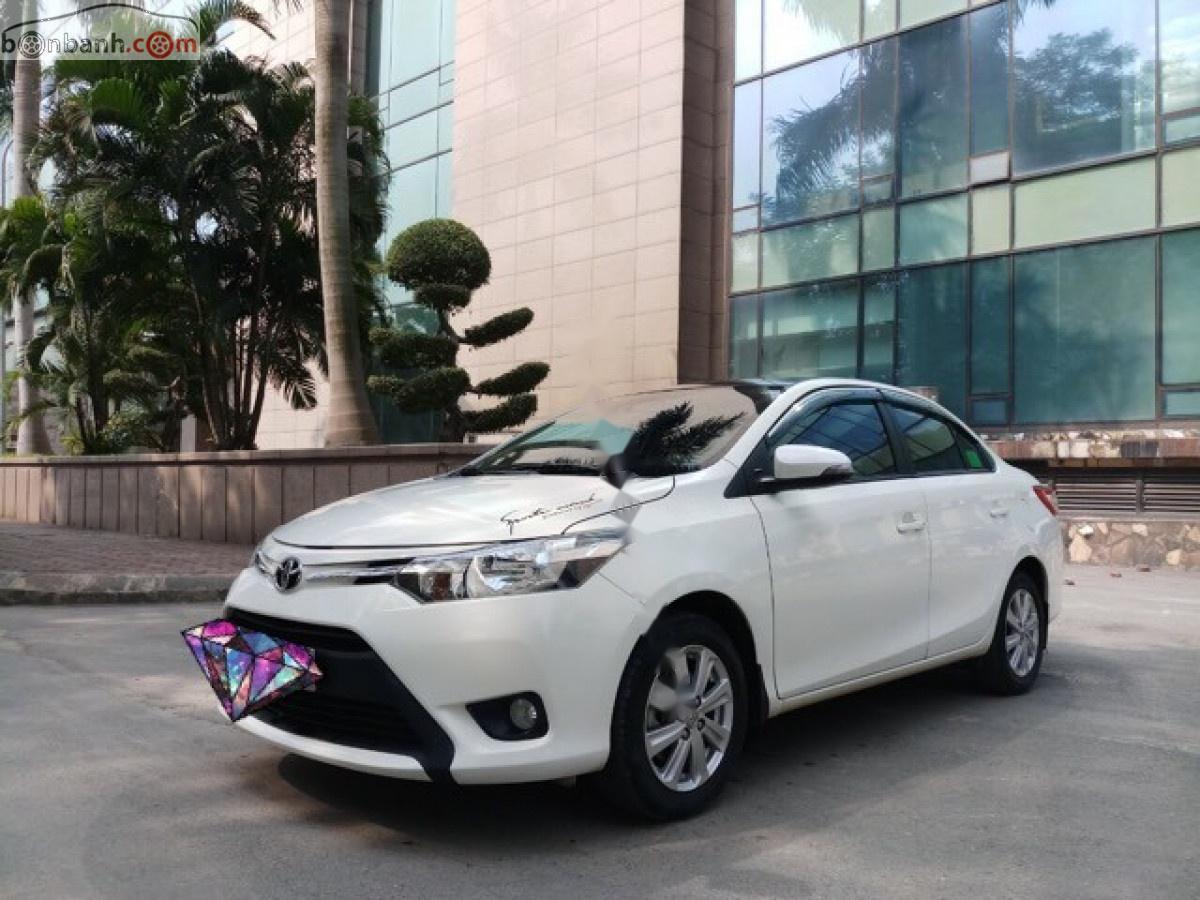 Bán Toyota Vios 1.5AT năm sản xuất 2016, màu trắng số tự động, giá tốt