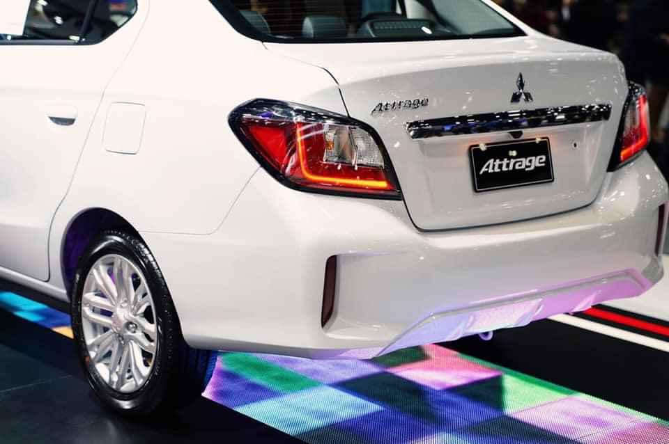 Bán xe Mitsubishi Attrage CVT đời 2020, màu trắng, nhập khẩu Thái, 460 triệu