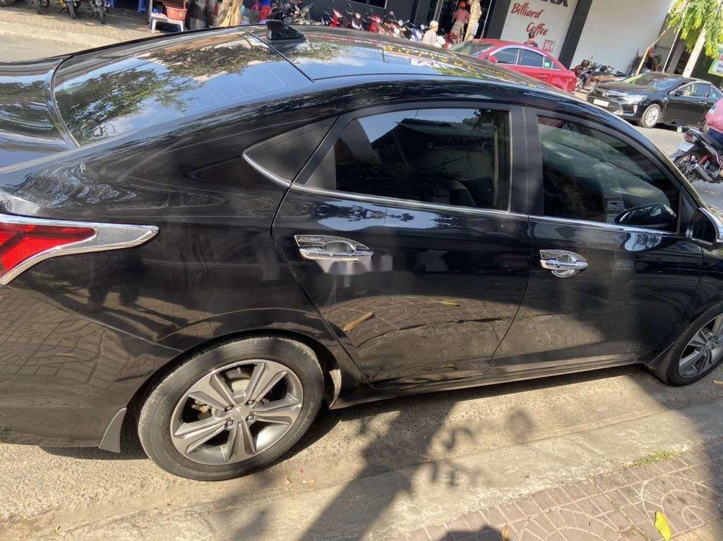 Cần bán xe Hyundai Accent sản xuất 2018, màu đen giá cạnh tranh