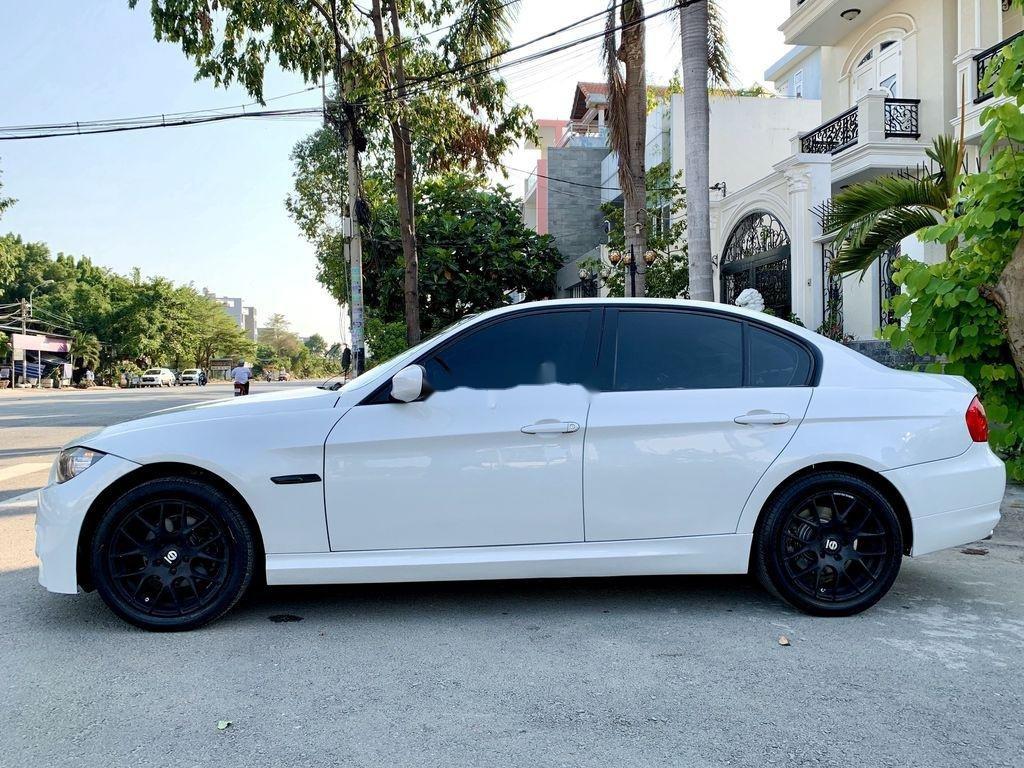 Bán BMW 3 Series năm sản xuất 2009, màu trắng, nhập khẩu