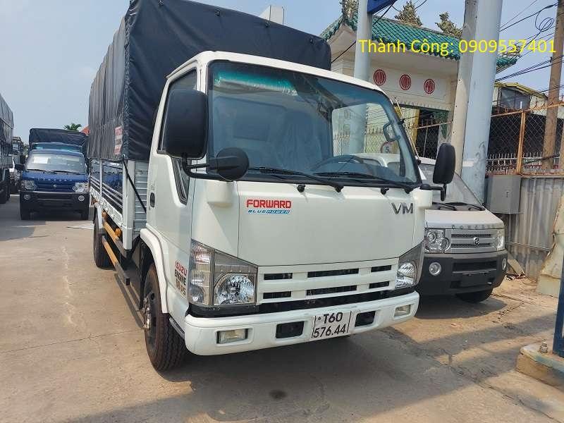 Xe tải Isuzu 3.5 tấn thùng 4m4, thùng mui bạt