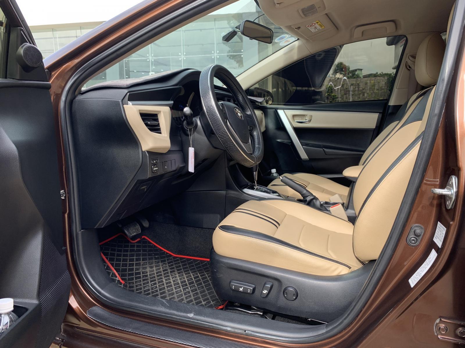 Bán Toyota Corolla altis 1.8G đời 2014, màu nâu, giá tốt