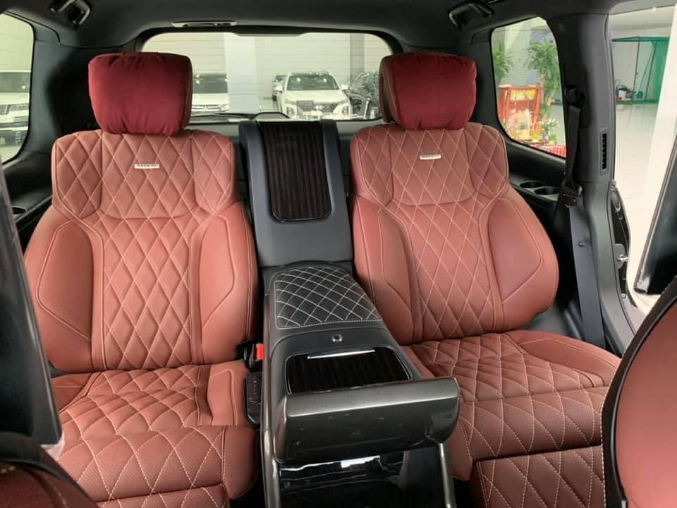 Bán Toyota Land Cruiser VXS 5.7 đời 2021, màu đen, nhập khẩu chính hãng