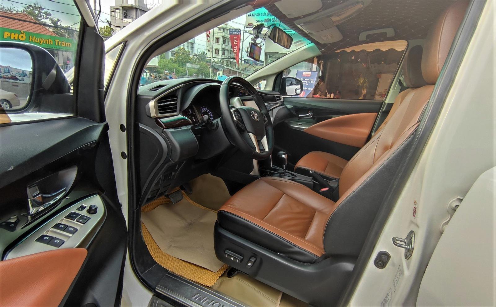 Innova V 7 chỗ full option, bản cao cấp nhất dòng Innova