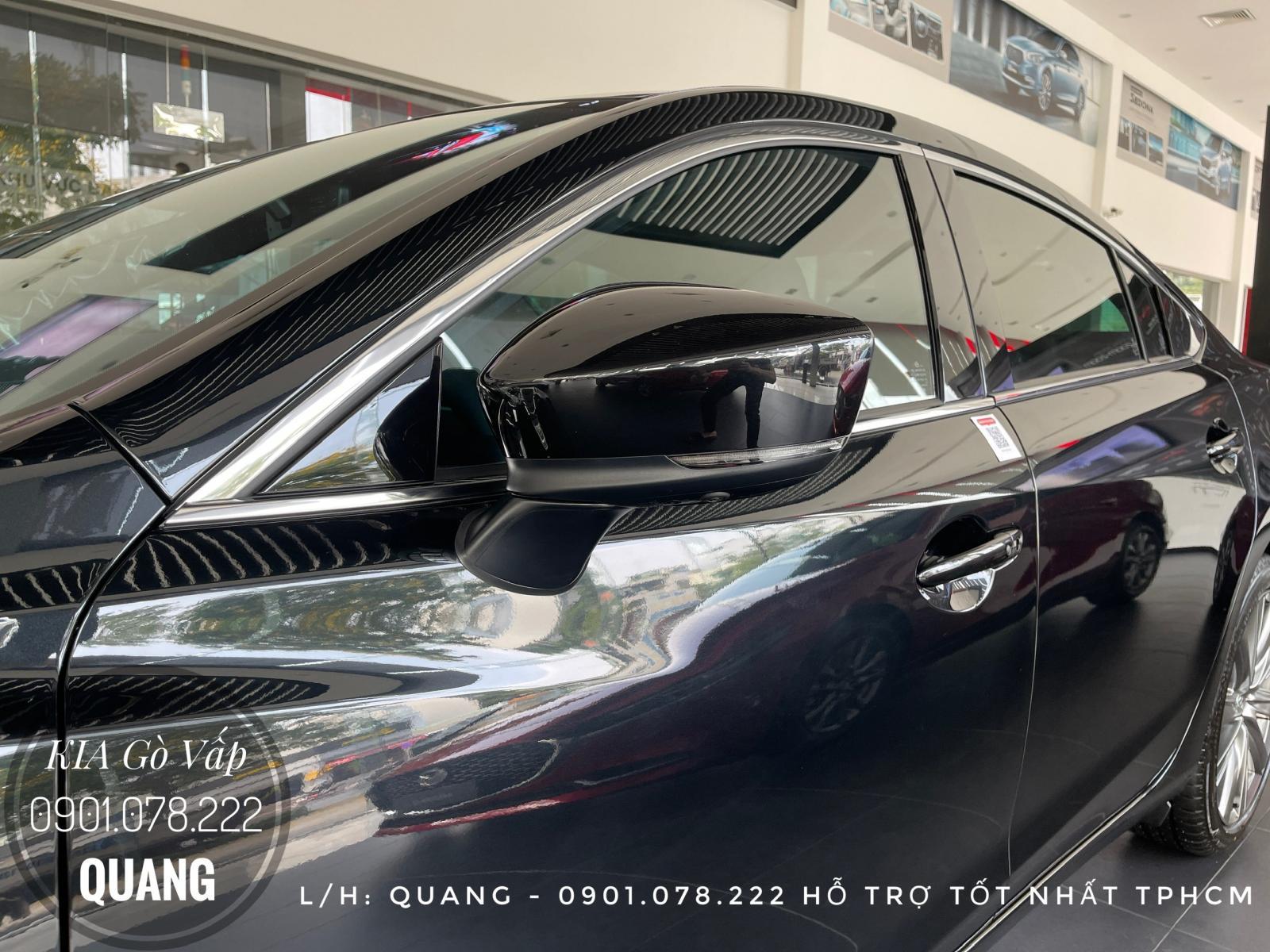 Cần bán xe Mazda 6 2021, màu đen