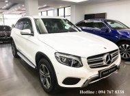Cần bán xe Mercedes GLC250 sản xuất năm 2017, màu trắng giá 1 tỷ 860 tr tại Hà Nội