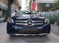 Bán xe Mercedes GLC 300 màu xanh Cavansite giá tốt. Giao xe ngay giá 2 tỷ 209 tr tại Hà Nội