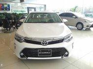 Bán Toyota Camry 2.0E trắng 2018 - Giá tốt, khuyến mãi lớn - Bảo hành chính hãng 3 năm/ Hotline: 0898.16.8118 giá 1 tỷ 5 tr tại Hà Nội