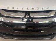 Bán Mitsubishi Outlander sản xuất năm 2018, màu trắng  giá 822 triệu tại Đà Nẵng