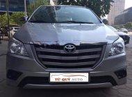 Bán Toyota Innova 2.0E đời 2014, màu bạc số sàn giá 575 triệu tại Hà Nội