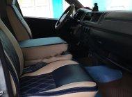 Bán xe Toyota Hiace sản xuất năm 2009, màu xanh giá 340 triệu tại TT - Huế