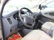 Cần bán gấp Toyota Innova 2.0E đời 2013, màu nâu, giá tốt giá 540 triệu tại Tp.HCM