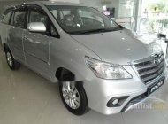 Cần bán lại xe Toyota Innova năm sản xuất 2014, màu bạc số sàn, 590tr giá 590 triệu tại Hà Nội