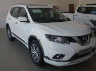 Bán Nissan X trail 2.5 SV 4WD Premium sản xuất 2018, màu trắng giá 1 tỷ 13 tr tại Hà Nội