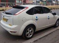 Cần bán lại xe Ford Focus đời 2011, màu trắng chính chủ, 385 triệu giá 385 triệu tại Hà Nội
