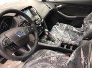 Bán xe Ford Focus Sport 1.5L sản xuất năm 2018, màu trắng giá 770 triệu tại Tp.HCM