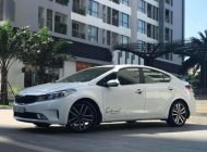 Cần bán lại xe Kia Cerato 1.6 AT sản xuất 2016, màu trắng chính chủ, 595tr giá 595 triệu tại Hà Nội