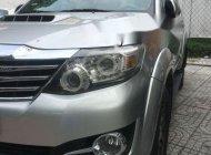 Cần bán lại xe Toyota Fortuner đời 2015, màu bạc xe gia đình giá 850 triệu tại Tp.HCM