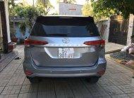 Cần bán xe Toyota Fortuner đời 2017, màu bạc số sàn giá 1 tỷ 50 tr tại Tp.HCM