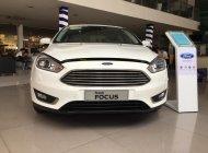 Bán xe Ford Focus titanium số tự động, màu trắng, giá tốt nhất, giao xe ngay giá 599 triệu tại Tây Ninh