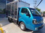 Bán xe tải 990 kg Kia Frontier K200 thùng kín, màu xanh, chạy thành phố, máy điện tiết kiệm, hỗ trợ trả góp giá 343 triệu tại Tp.HCM