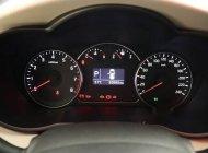 Bán xe Kia Rondo AT 2017, trắng giá 660 triệu tại Tp.HCM