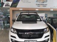 Cần bán xe Chevrolet Colorado 2018, 2 cầu, số sàn, full option, sẵn xe giao ngay, hỗ trợ vay lãi suất thấp giá 699 triệu tại Quảng Ninh