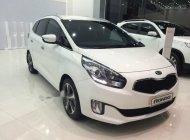 Bán ô tô Kia Rondo 1.7 DAT 2016, màu trắng giá 732 triệu tại Tp.HCM