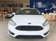 Bán xe Ford Focus đời 2018, màu trắng giá 570 triệu tại Tp.HCM