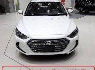 Cần bán xe Hyundai Elantra đời 2018, màu trắng giá 565 triệu tại Khánh Hòa