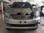 Cần bán gấp Toyota Fortuner sản xuất 2013, màu bạc giá 750 triệu tại Hà Nội