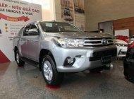 Cần bán xe Toyota Hilux 2.4G MT (4X4) sản xuất 2018, màu bạc, nhập khẩu, giá chỉ 793 triệu giá 793 triệu tại Tp.HCM