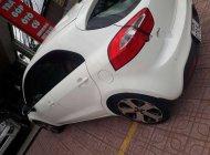 Bán chiếc Kia Rio Hatchback 5 cửa, màu trắng, đăng ký lần đầu 04/2013 giá 420 triệu tại Đồng Nai