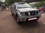 Cần bán gấp Nissan Navara sản xuất năm 2011, màu bạc số sàn giá 379 triệu tại Hà Nội