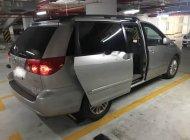 Bán xe Toyota Sienna LE đời 2009, màu bạc, xe nhập chính chủ giá cạnh tranh giá 799 triệu tại Tp.HCM