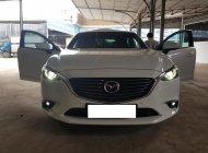Bán Mazda 6 Premium 2.5AT, đời 2017, màu trắng, còn mới 99%. Có hỗ trợ trả góp giá 988 triệu tại Tp.HCM