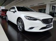 Bán Mazda 2.0 Premium màu trắng, hỗ trợ trả góp 90% xe - LH 0977759946. giá 899 triệu tại Hà Nội