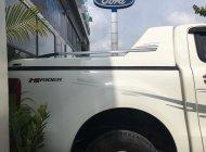 Xe bán tải Ranger 2016 số sàn, trả góp. Chính hãng Ford bán giá 615 triệu tại Tp.HCM