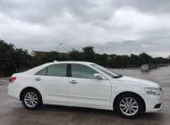 Cần bán Toyota Camry 2.0E AT sản xuất 2011, màu trắng chính chủ  giá 625 triệu tại Hà Nội
