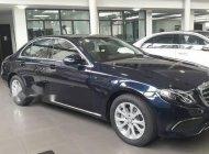 Cần bán xe Mercedes E200 năm sản xuất 2018, nhập khẩu giá 2 tỷ 94 tr tại Hà Nội