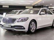 Cần bán gấp Mercedes đời 2017, màu trắng  giá Giá thỏa thuận tại Tp.HCM