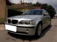Cần tiền bán gấp BMW 318i, sản xuất 2005, màu bạc, nhà ít sử dụng giá 197 triệu tại Tp.HCM