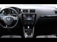 Bán ô tô Volkswagen Jetta sản xuất 2018, nhận ngay gói combo bảo hiểm và cơ hội giảm từ 20 - 50tr giá 999 triệu tại Khánh Hòa